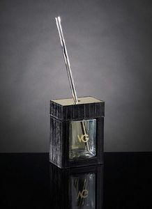 Luxury Home Parfum, Raumduft mit Leder bezogen