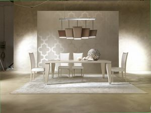 Dahlia 360T, Eleganter Holztisch