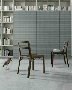 Bea, Holzstuhl mit minimalem Design