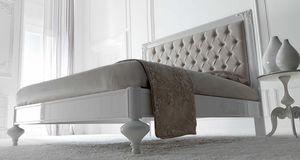 Linda Art. 907, Holzbett mit einer raffinierten neoklassizistischen Linie