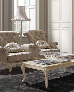 Florentia Sessel, Klassischer Sessel mit dekorativen Schnitzereien