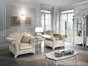 Viola Sessel, Eleganter Sessel mit wertvollen Blumenschnitzereien
