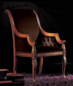 240PLI, Sessel mit geschnitzten Beinen