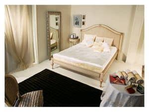 Art. 2010 Delyse, Holzbett mit verzierten Kopfteil, für klassische Schlafzimmer