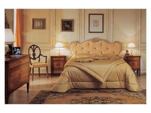 Art. 985 '700 Italiano Maggiolini, Bett mit handgefertigten Schnitzereien, Blattgold und -silber-Finish