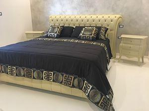 Chesterfield Stoff, Klassisches Bett mit gepolsterter Struktur
