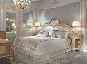 Lariana Bett, Luxuriöses handgeschnitztes Bett
