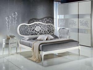LE09 Novecento lackiert Bett, Bed weiß lackiert, mit perforierten Kopf, klassische