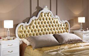 Regency Maxibett, Klassisches Bett mit getuftetem Kopfteil