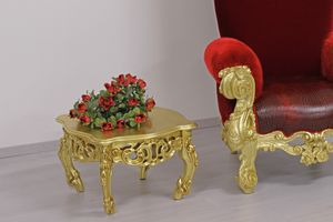 Finlandia s, Geschnitzte Couchtische in klassischer Luxus-Stil