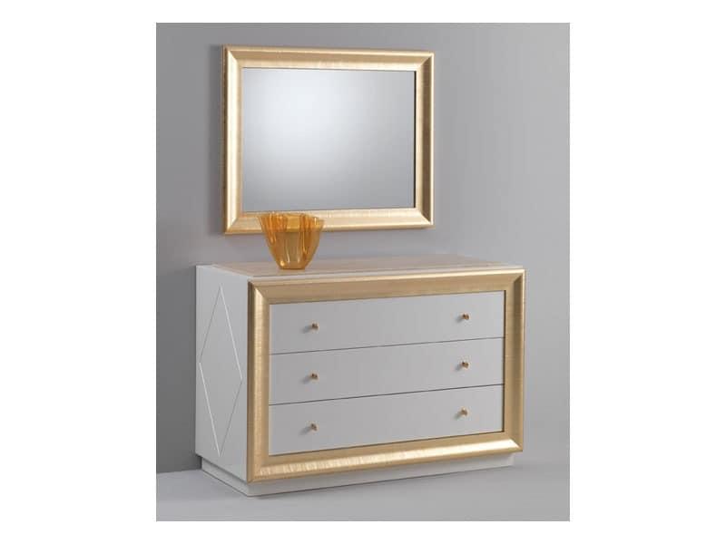 Jolie Kommode, Kommode mit einem klassischen Design, glänzend lackiert, Blattgold Verzierungen