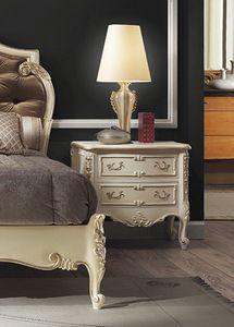 R67 / Nachttisch, Luxus Nachttisch aus lackiertem Holz