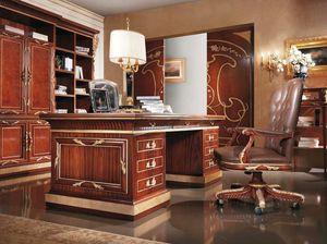Esimia, Luxuriöser handgeschnitzter Schreibtisch