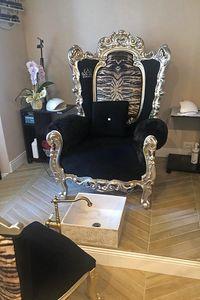 Casanova Thron animalier, Sessel mit gepolsterten Armlehnen, Barock-Stil