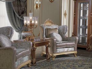 Art. 982, Eleganter Sessel mit geschnitzter Dekoration