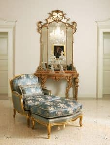 Eleonora, Klassischer Sessel mit Hocker, Blattgold-Finish