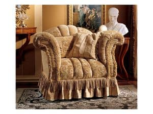 Emanuela armchair, Sessel mit kostbaren Stoffen gepolstert
