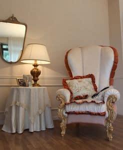 Ginevra, Klassischer Sessel mit Blattgold Verzierungen gepolstert