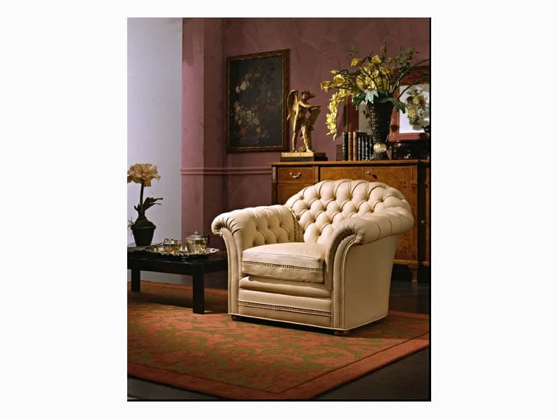 Lloyd Armchair, Sessel in feinem Leder, für Hotelsuiten gepolstert