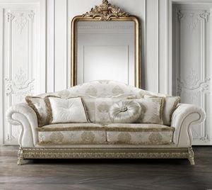 Anastasia, Imposantes und wichtiges Sofa