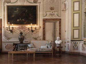 Creola Sofa, Geschnitztes Sofa mit luxuriösem Stil