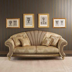 Fantasia Sofa, Sofa im neoklassizistischen Stil mit zentraler fächerförmiger Blende