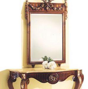 2935 Spiegel, Spiegel mit geschnitzten Holzrahmen