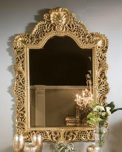 5824, Spiegel aus geschnitztem und durchbohrtem Holz