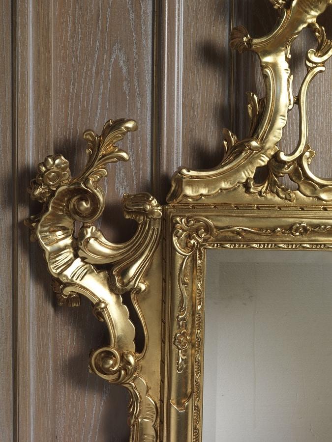 Art. 660 Spiegel, Majestätischer geschnitzter Spiegel, Goldende