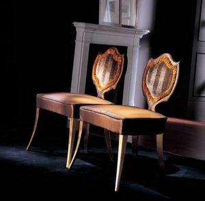 241S, Stuhl im klassischen Stil