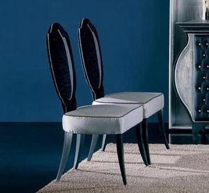 243S, Stühle mit ovaler Rückenlehne