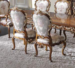 ART. 2969, Klassischer Stuhl mit goldenen Details
