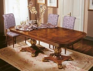 Art. 424/B, Luxus-Tabelle ist erweiterbar mit kostbaren Dekorationen, handgeschnitzt