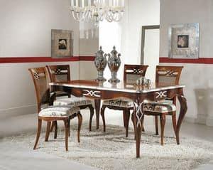 Art. 730, Rechteckiger ausziehbarer Tisch mit silbernen Blattdekorationen