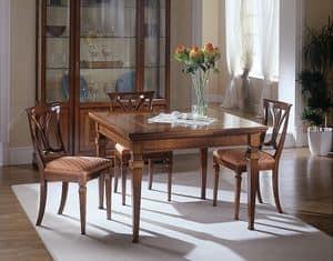 D 301, Ausziehbaren Tisch aus Kirschholz, eingelegt, praktisch