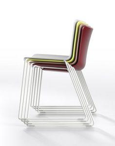Zaza SL, Stapelbarer Stuhl mit Kufengestell