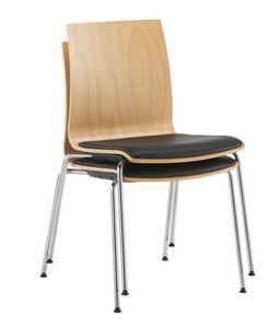 Q2 W, Stapelbarer Stuhl mit Holzschale und gepolstertem Sitz