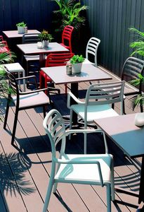 9675 Costa, Plastikstuhl für Bar im Freien