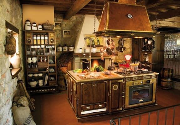 Relativ Hölzerne Küche ausgestattet, altmodisch, Kupferhaube | IDFdesign AF33