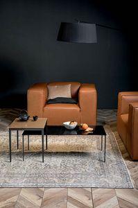 MAISTRI, Kleine Tische mit Metallrahmen und Platte aus Holz oder geschmolzenem Glas
