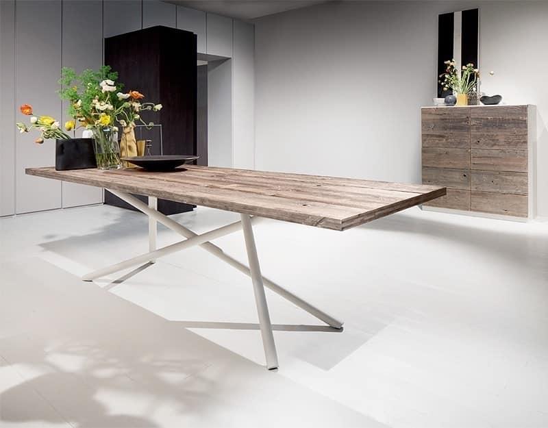 SHANGHAI, Esstisch mit Holzplatte, Rohrbeinen
