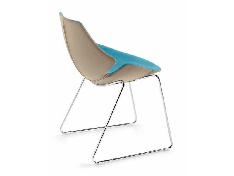 Eon Schlitten, Stuhl aus Kunststoff mit Leder, Stahlrahmen beschichtet