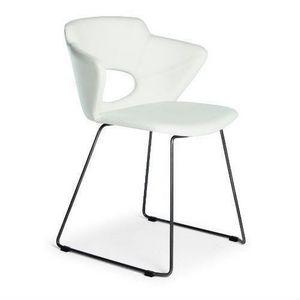 Marala, Moderner Stuhl mit Schlittenfuß