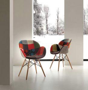 Art. 291 Lotus Patch, Sessel mit Patchworkstoff, Buche und Metallstruktur