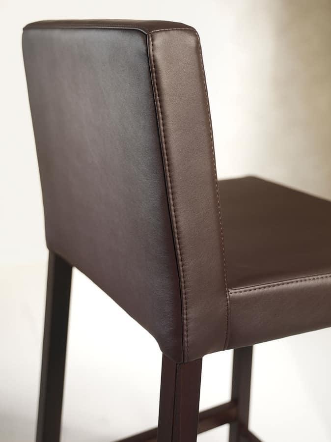 Relax SG, Holzhocker mit gepolstertem Sitz und Rückenlehne