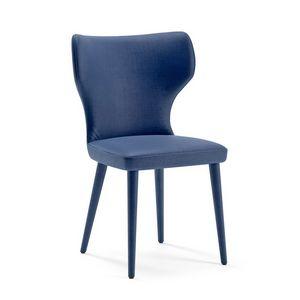 Monika, Stuhl mit umhüllender Form