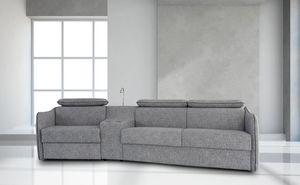 Alfred, Modernes Sofa mit vielen Accessoires