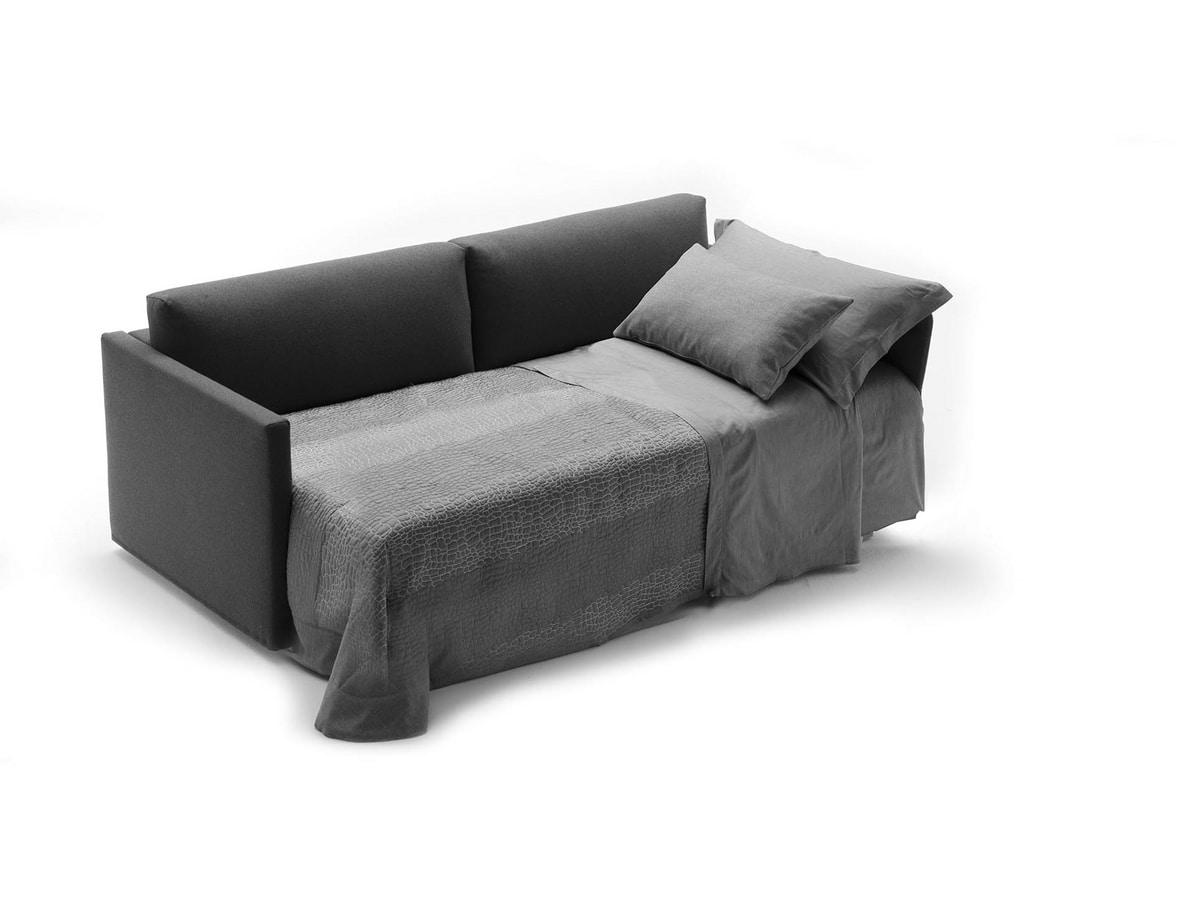 Frank, Sofa mit linearen Formen