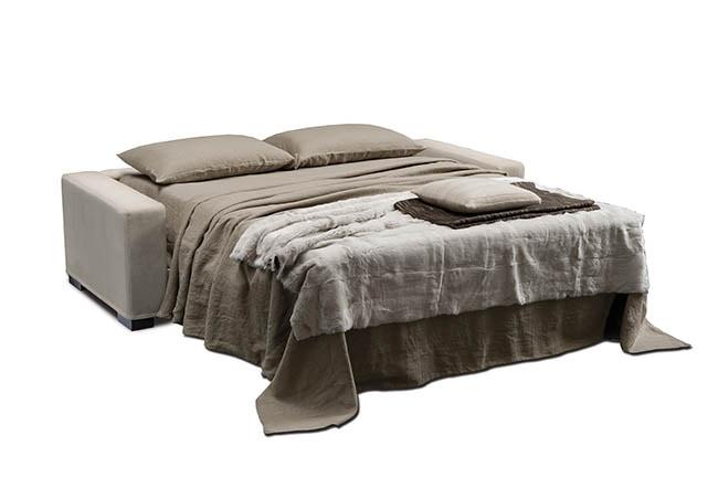 Matrix, Sofa mit einer strengen Linie