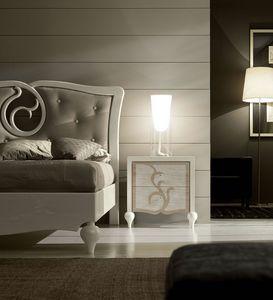 New Age Art. NA012, Eleganter Nachttisch aus Holz